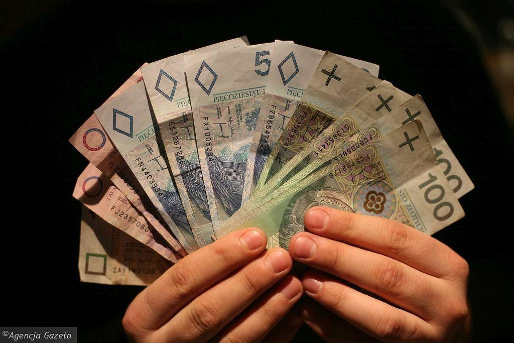 900 plus zastąpi 500 plus? (zdjęcie ilustracyjne)