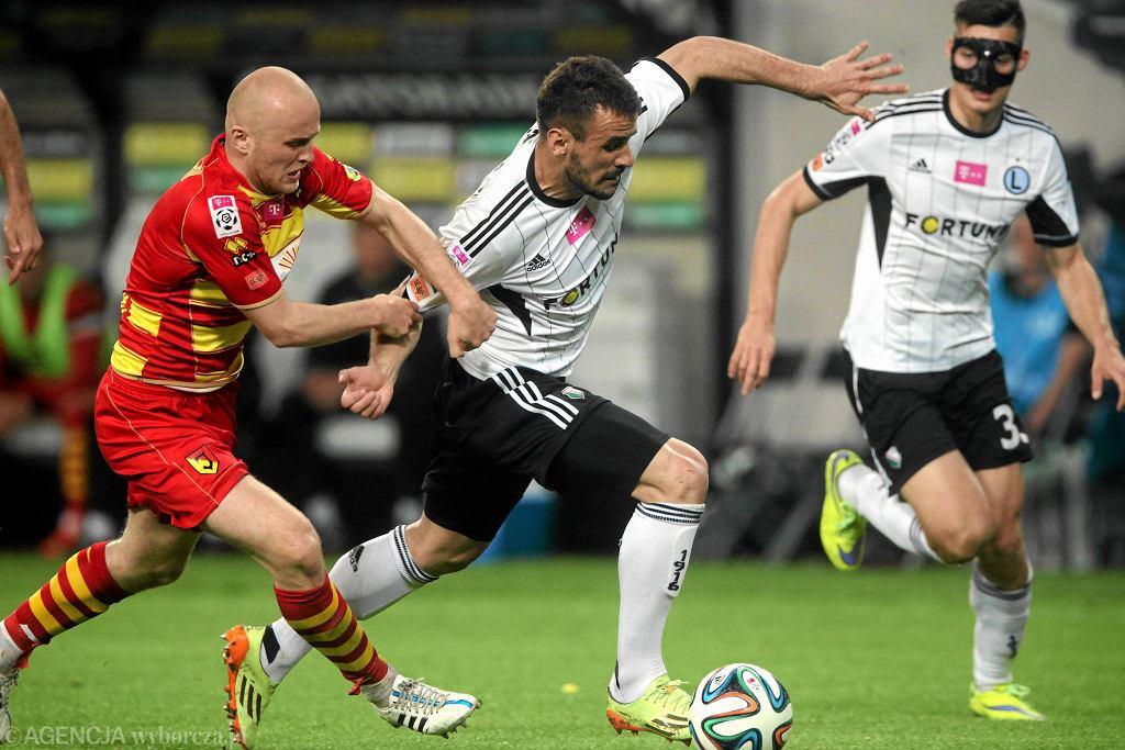 Michał Pazdan (z lewej) w meczu z Legią