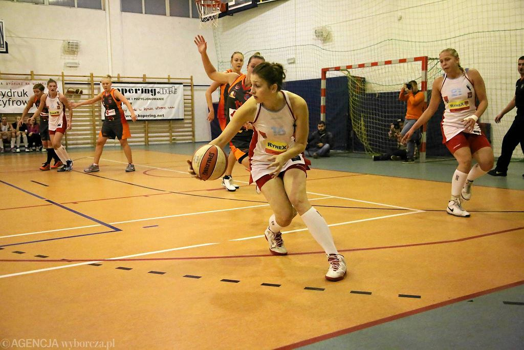 Koszykówka kobiet, I liga. Mon-Pol Płock - MKK Siedlce 45:99