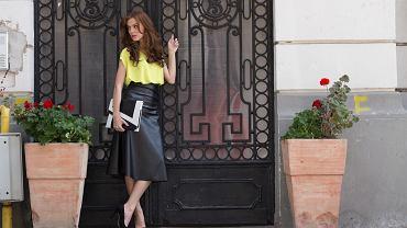 Skórzane spódnice to hit na jesień! Jak je nosić, aby nie wyglądać zbyt wulgarnie i kiczowato?