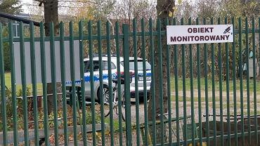 Policja dostała zgłoszenie o noworodku znalezionym w ogródkach przy ul. Głębockiej