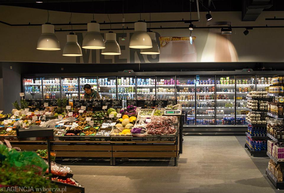 Sejm zdecyduje o karach dla supermarketów za marnowanie jedzenia
