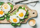 Jak zrobić jajko sadzone? Przepis na kolejną przekąskę z jajek