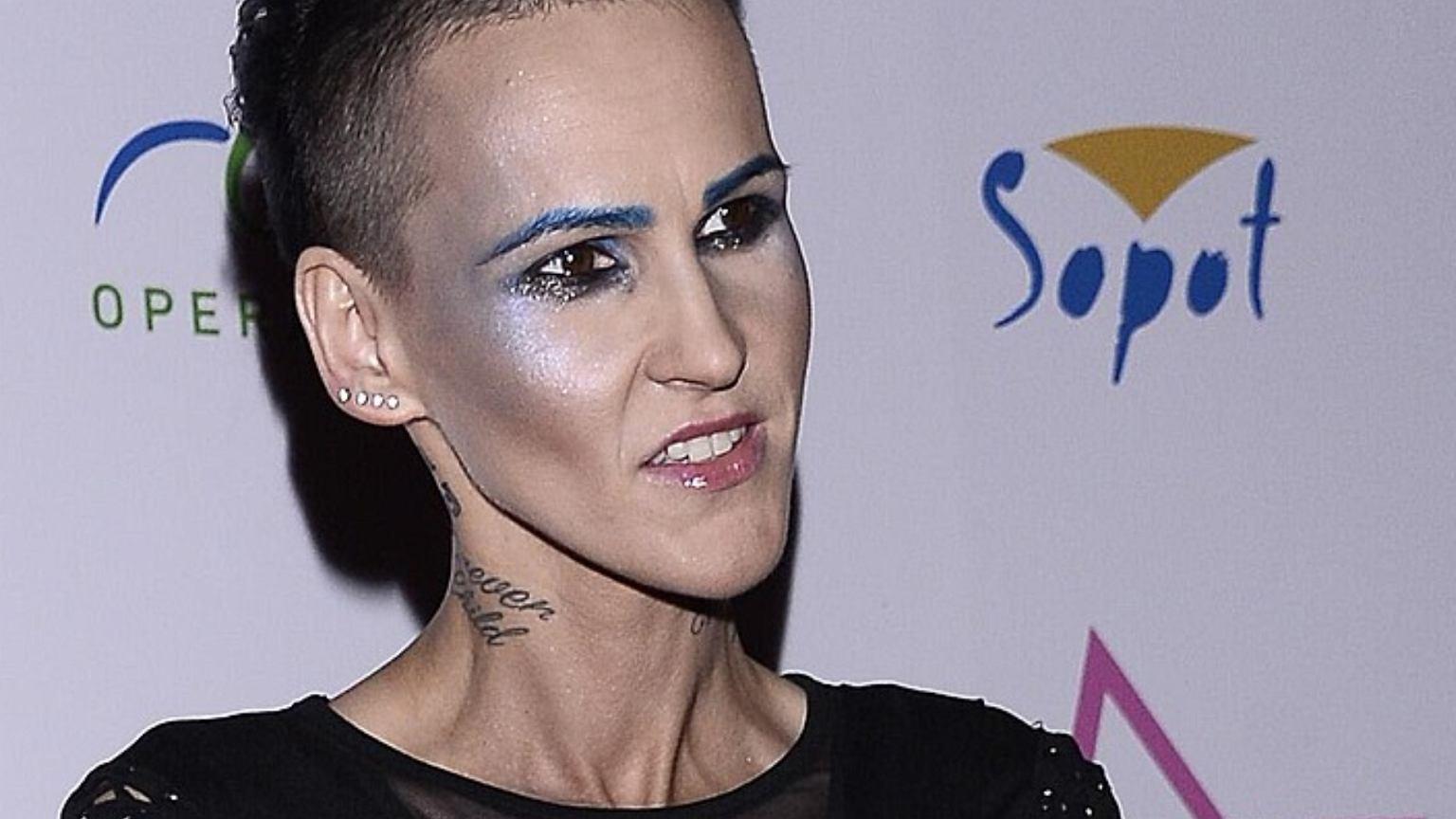 Agnieszka Chylińska zrezygnowała z mocnego makijażu i