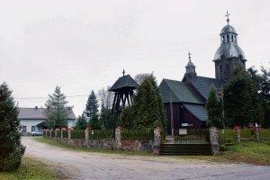 Jak kuria zabrała ziemię parafii w Stawie