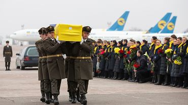 Ukraina. Uroczystości pogrzebowe ukraińskich ofiar zestrzelenia samolotu w Iranie