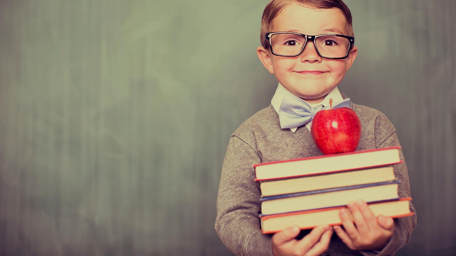 Rodzice na wiele sposobów mogą kształtować przyszłe, dorosłe życie dziecka