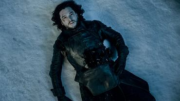 Śmierć Jona Snowa, Gra o tron