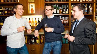 Testujemy tanie whisky