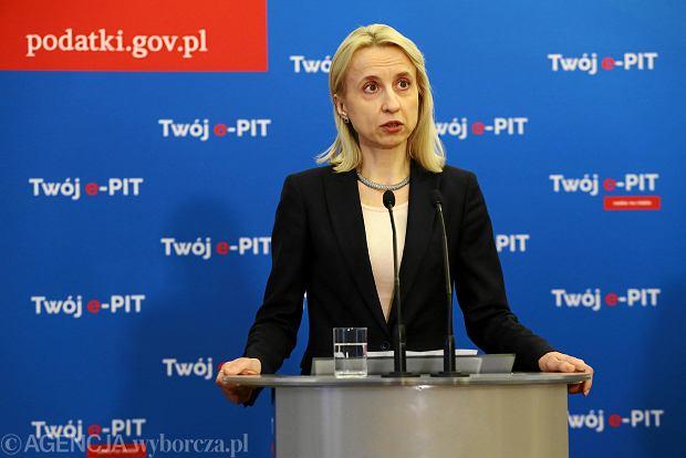 Minister finansów Teresa Czerwińska podczas konferencji prasowej w sprawie ePIT