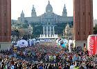 """Po maratonie w Barcelonie, czyli zagraniczne vs. polskie biegi. """"Czas wyjść na ulice!"""" [FELIETON]"""
