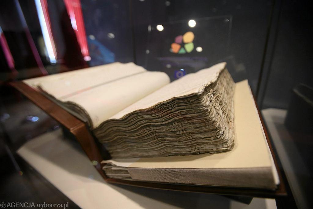 Oryginał Konstytucji 3 Maja z 1791 roku wystawiony w Zachodniopomorskim Urzędzie Wojewódzkim w Szczecinie.
