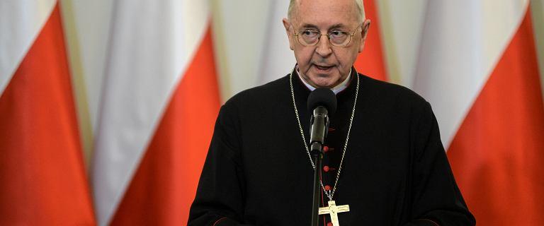 """Abp Gądecki sprzeciwia się promowaniu w kościołach ustawy """"stop LGBT"""""""
