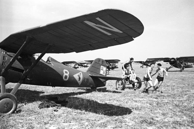 Zdjęcie numer 10 w galerii - Wyjątkowe zdjęcia. Manewry wojska polskiego latem 1939 r.