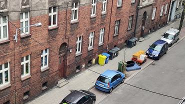Kubły na ulicy Drzymały