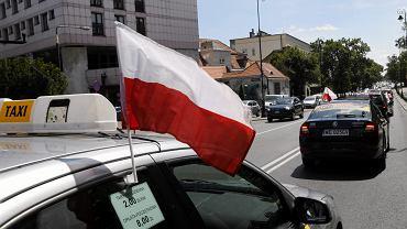 Protest taksowkarzy w Warszawie