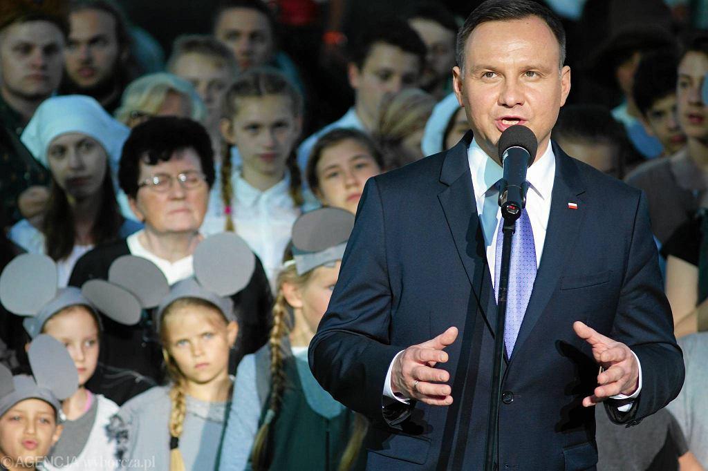 Murowana Goślina - widowisko Orzeł i krzyż pierwszy raz obejrzał prezydent Andrzej Duda