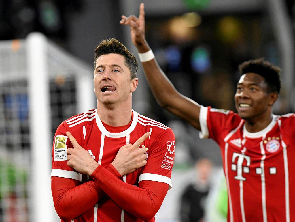 Robert Lewandowski i David Alaba cieszą się z kolejnego zwycięstwa Bayernu Monachium