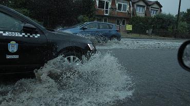 Poznań. Burza i zalane ulice