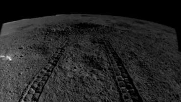 Łazik Yutu-2 natrafił na podobną do żelu substancję podczas eksploracji ciemnej strony Księżyca