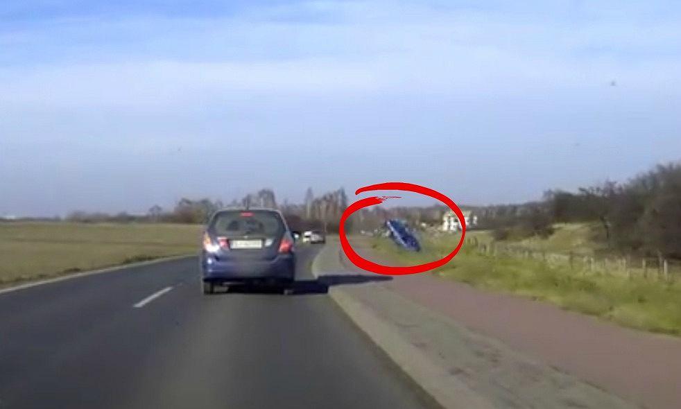 Wypadek na drodze w Jaworznie
