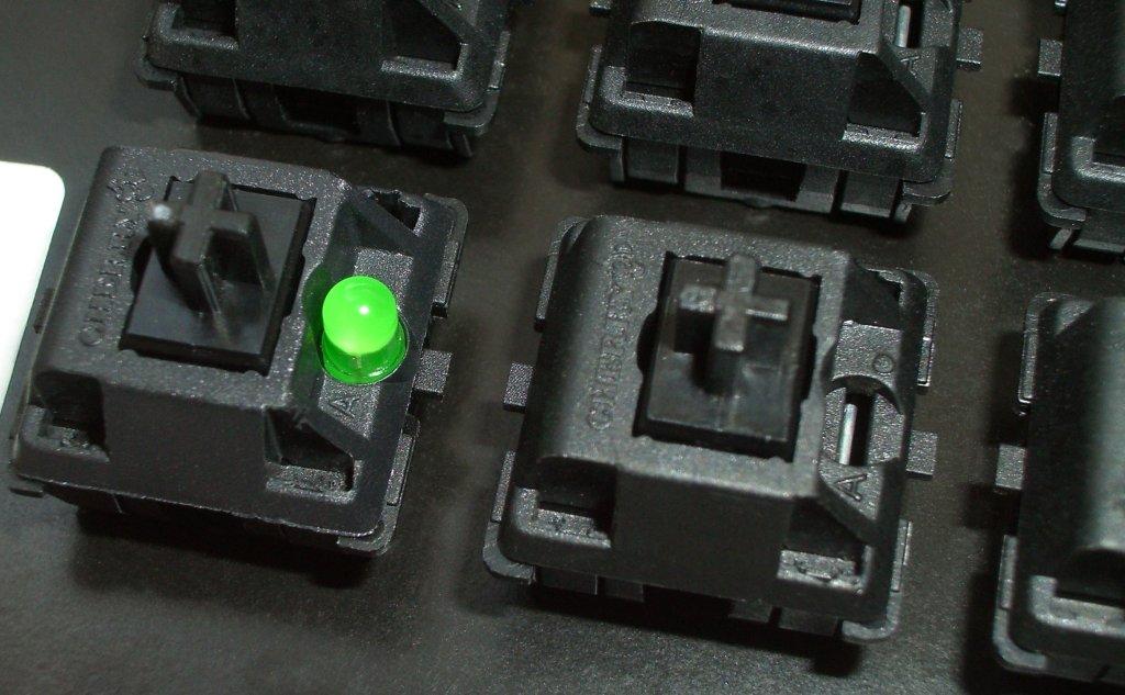 Przełącznik Cherry MX Black z diodą LED i bez