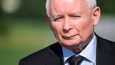 'Mamy własne prawo!' Dlaczego Kaczyński ryzykuje miliardy z UE?