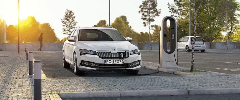 Skoda elektryfikuje swoje samochody. Jeden model jest w pełni elektryczny!