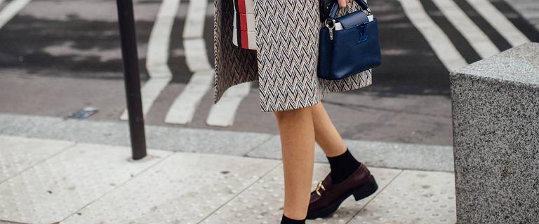 Buty na jesień, które pokochały francuskie it-girls. Te na słupku są nie tylko wygodne, ale też niedrogie!
