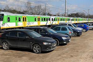 Karać za jazdę autem, by dać fory kolei? Kierowcy to już skarbonka budżetu