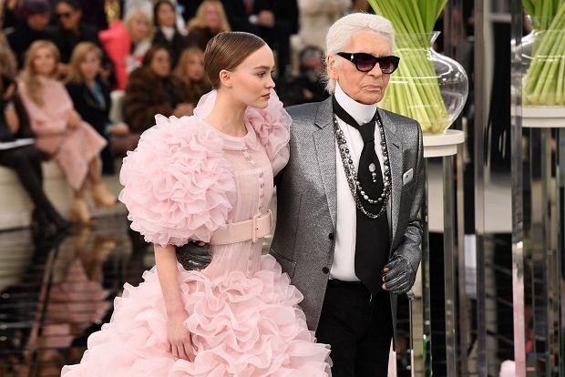 Lily-Rose Depp. Karl Lagerfeld 2017 r.