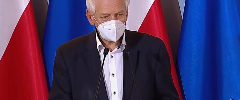 """Zaskakujące słowa Horbana o decyzjach rządu latem. """"Trochę pozakażać"""""""