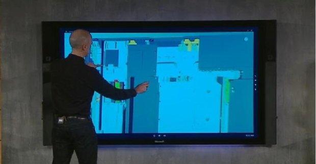 Microsoft zaprezentował też nowy produkt - SurfaceHub