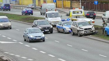Stłuczka na Wale Miedzeszyńskim