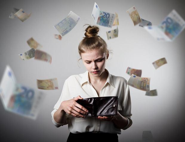 Dodatkowe oszczędzanie w PPK oznacza, że mniej będziemy zarabiać 'na rękę'