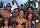 Jennifer Lopez świętuje w bikini swoje 49 urodziny. Czy tak wygląda kobieta w tym wieku?