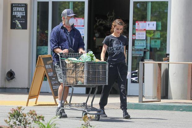 Mel Gibson z młodszą partnerką