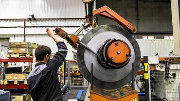 Firmom coraz trudniej znaleźć pracowników, m.in. w przetwórstwie przemysłowym
