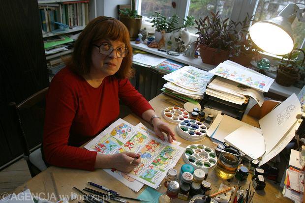 Szarlota Pawel w swoim mieszkaniu