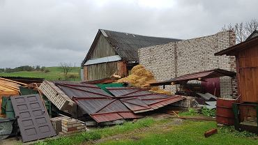 Skutki prawdopodobnie trąby powietrznej w miejscowości Tereszpol Zygmunty