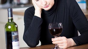 Wino może podwyższać ryzyko zachorowania na raka piersi