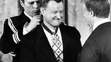 Zbigniew Brzeziński odznaczony Medalem Wolności