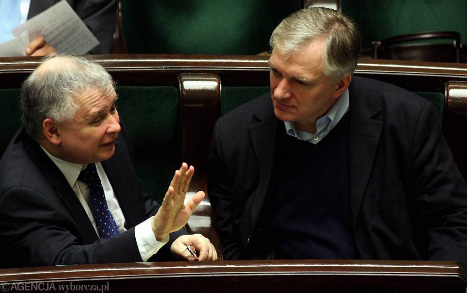 Jarosław Kaczyński i Jarosław Gowin w Sejmie podczas głosowania