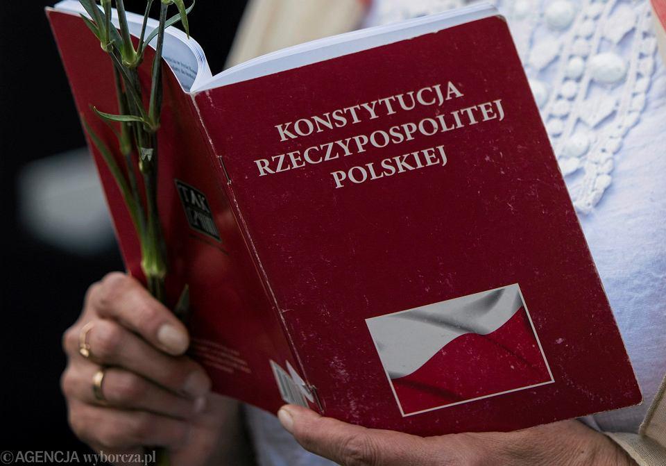 Czytanie Konstytucji w 20 rocznicę jej uchwalenia