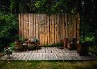 Sugi ban - drewno opalane ogniem jako ozdoba ogrodu
