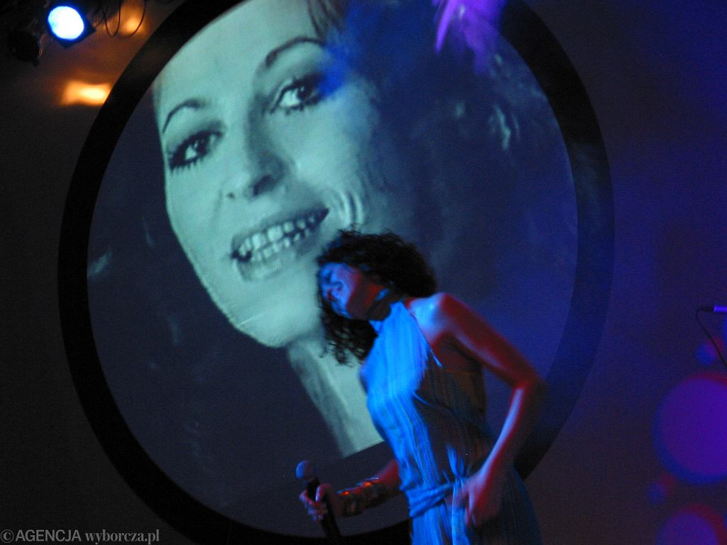 Natalia Kukulska na Ogólnopolskim Festiwalu Piosenki im. Anny Jantar - 2004 rok