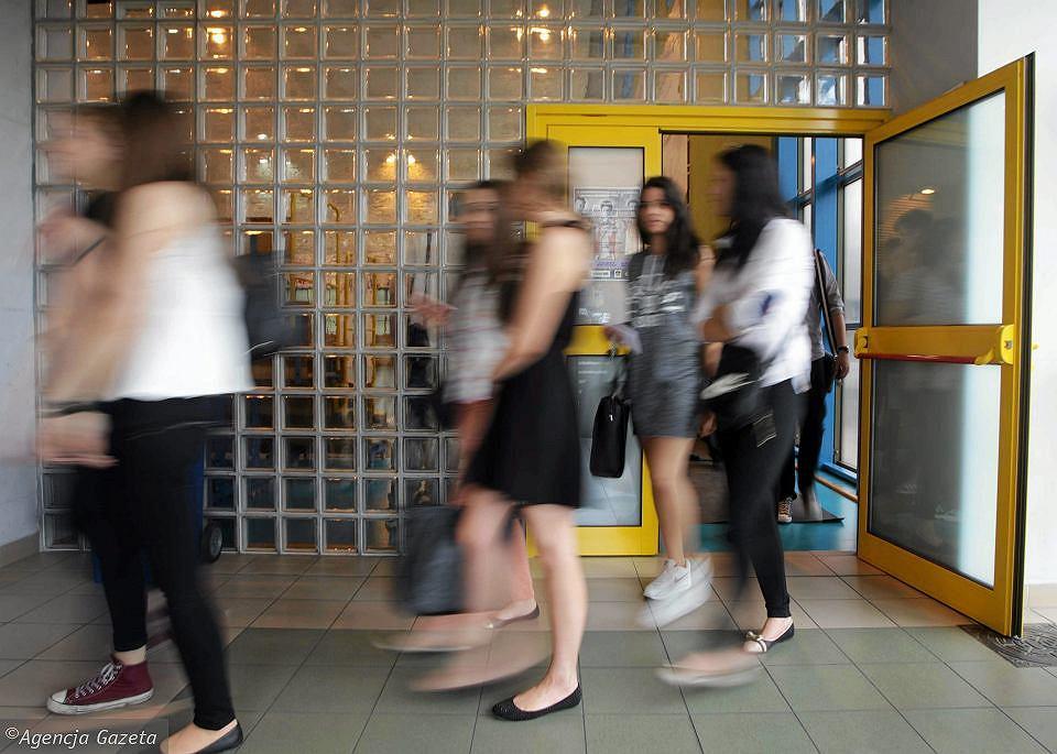 Uczniowie liceum (zdjęcie ilustracyjne)