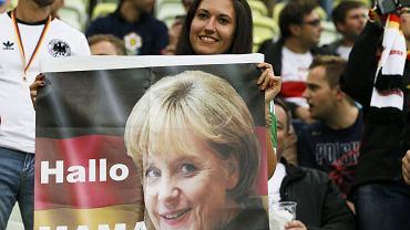Angela Merkel, tak jak zapowiadała, pojawiła się na trybunach PGE Areny w Gdańsku na meczu Niemcy - Grecja.