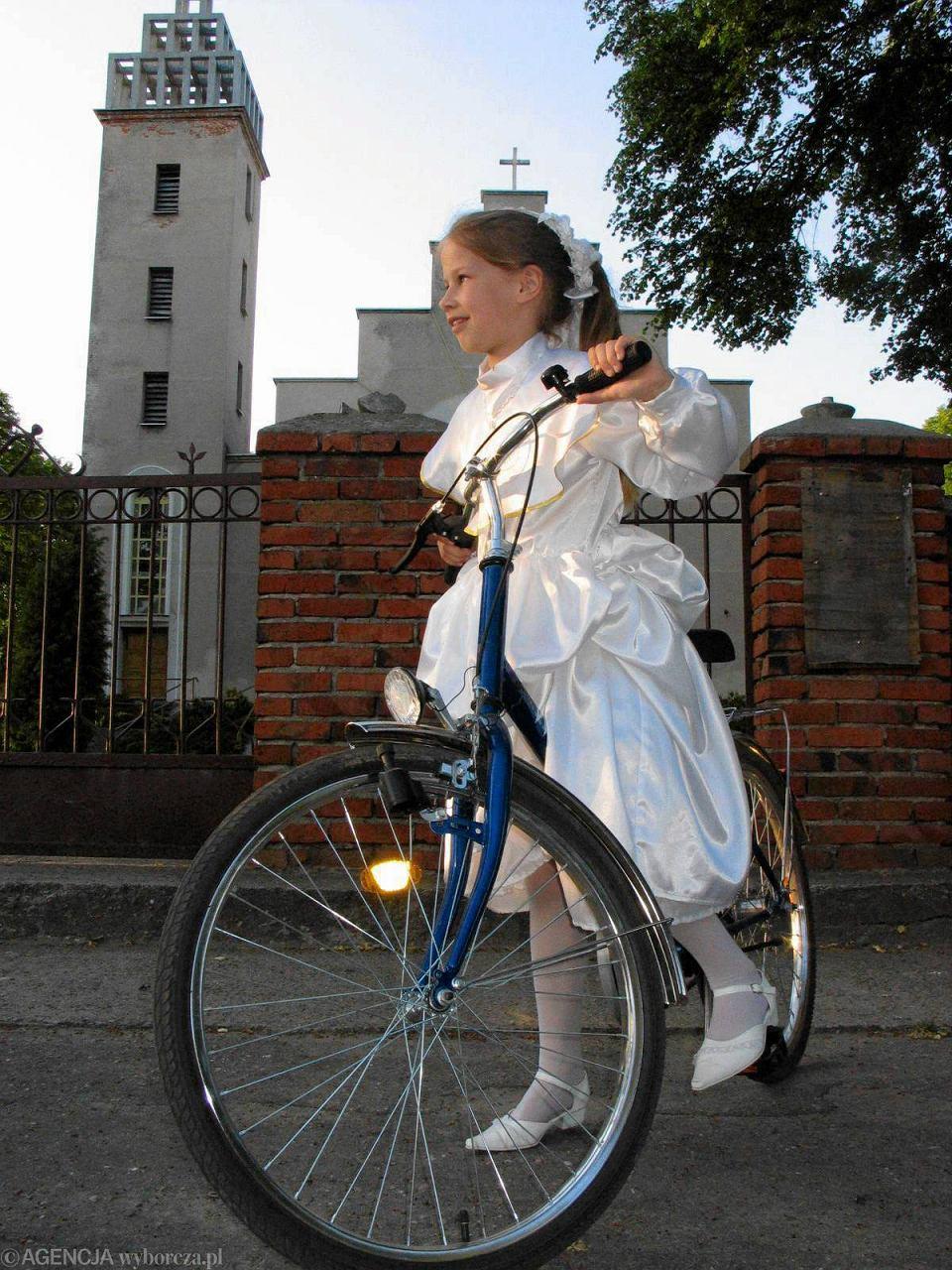 Rowery to wciąż czołówka komunijnych prezentów