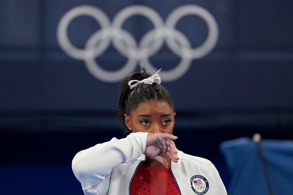 Simone Biles wycofuje się z kolejnych zawodów